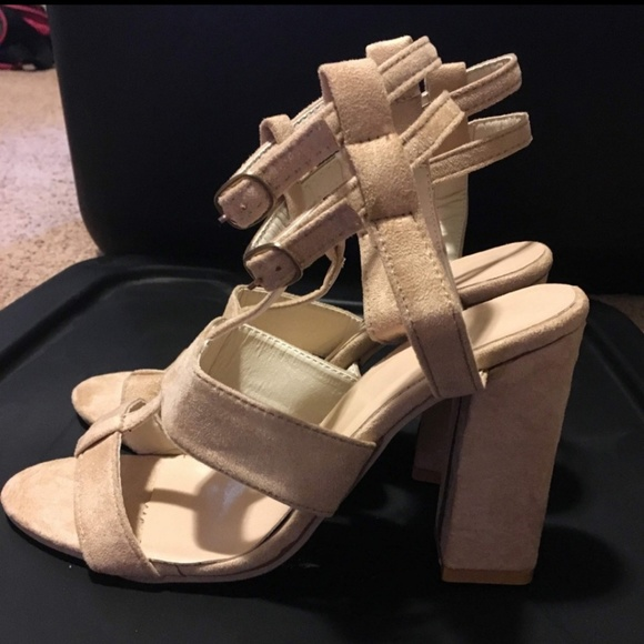 none Shoes - Nude color heel, no brand, never worn.